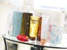 美容室ココロ(CoCoLo)の雰囲気(ヘアケア、スタイリング商品もしっかり充実しています!)