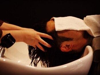 ルモ ヘアー 泉佐野店(Lumo hair)の写真/[泉佐野駅5分]魔法のシャンプーと話題のoggiottoで【髪質改善】と【リラックス効果】を高め贅沢な時間を。