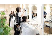 サティラヘアー(Satila hair)の雰囲気(カフェのようなおしゃれな空間で、ゆったり過ごしたい♪)