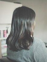 ナイーマ(NAIMa)ナチュラルな黒髪スタイル