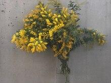 アルク(arc)の雰囲気(店内の花を季節に合わせて変えてます。arcの楽しみ方の一つです)