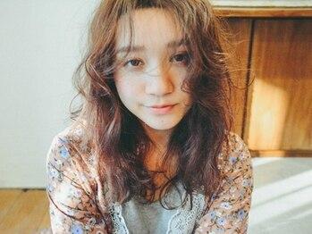 リンネルヘアー (Rin:nel hair)の写真/風にふわりとなびく柔らかなふんわりカール♪こなれ感に惚れる、透明感スタイルで周りと差をつけて―。