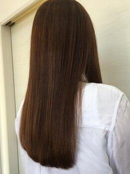 グラン ヘアー(GRAN HAIR)の写真/今までの縮毛矯正とは全く違うナチュラルストレート!アイロンを使わない技法でサラサラの手触りに♪
