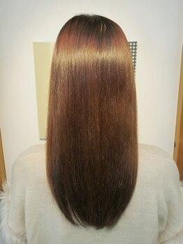 カミゴコチ(KAMIGOKOCHI)の写真/【髪質改善】自分の髪のクセを諦めていませんか?思わず触りたくなる、指通り滑らかな質感へと導きます◇