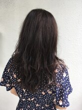 ヴィータ Hair Vita秋のおすすめ!しっとり艶髪バイオレットアッシュ