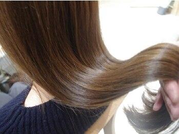 """ストア アンバースデー(Store UNBIRTHDAY)の写真/【Wオラプレックス】や【美髪改善TR】等、本格TRメニューを多数ご用意!大人女子の""""欲しい艶髪""""を叶えます*"""