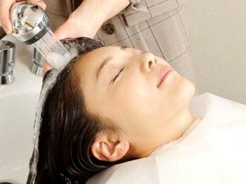 リンネルヘアー (Rin:nel hair)の写真/乾燥が気になる季節は頭皮ケアから♪健康的な美髪に導く本格的な癒しの時間をご堪能下さい!