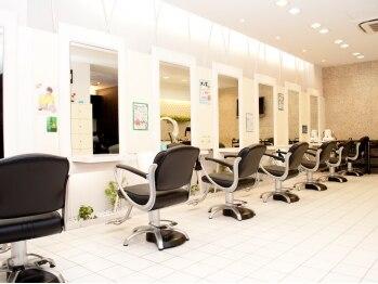 ヘアーデザインムーヴ(Hair design MOVE)の写真/明るく気さくなスタイリストが一人ひとりを大切に、あなたに似合うスタイルを提案していきます!!