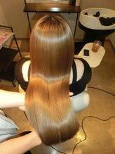ブルームヘア 大宮(Bloom hair)M3D ピコカラートリートメントベージュ系 ハイトーン