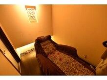 ヘアアンドエステリゾート ローズクォーツ(ROSE QUARTZ)の雰囲気(専用の個室完備☆ゆったりした贅沢な時間を過ごせます♪)