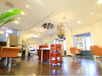 リリーズガーデン(lilys GARDEN)の写真/お店はオシャレだけど、親しみやすいスタッフのおかげで敷居が高くならない!!自然体でいられるのが嬉しい♪