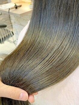 """ヘアアンドメイク シークネクスト(HAIR&MAKE SeeK NEXT)の写真/立川駅南口1分◆上質ヘアケアで憧れのツヤ髪へ♪最高級トリートメント""""Aujua""""ソムリエが美髪を叶えます!"""