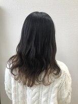アドゥーヘア ヴィス(A do hair vis)ゆる巻きロング