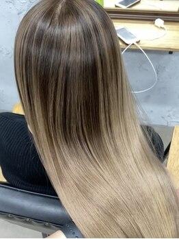 ワン(ONE)の写真/美容室迷子はもう終わる!?自分史上最高の髪に!Aujuaトリートメントでオシャレとヘアケアが同時に叶う★