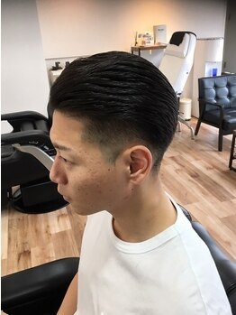 リアン プレミアムバーバー(Lien premium barber)の写真/【中央通×2席のみ】大型店や美容室が苦手な男性のためのバーバー。22時までのプライベートサロンが◎