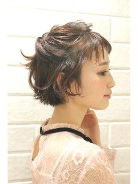 新宿 Neolive Cetla ショートヘアアレンジ L004002479 ネオリーブ