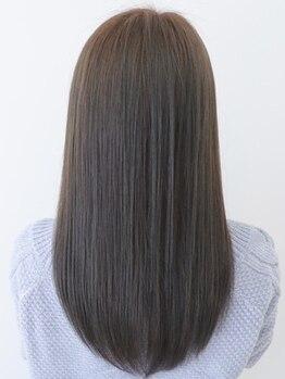 トリート 浦安店(TREAT HAIR DESIGN)の写真/【コスメストレート】ダメージレスで艶髪を叶える縮毛矯正♪毛先をカールさせるストカールも人気◎_浦安