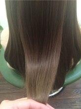 Legaのヘアエステで髪の毛に輝きや絹のような手触りを取り戻してまいませんか?・・・・