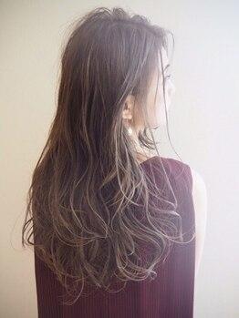 ナチュラルマリーク(Natural maleec)の写真/【インナーカラーやハイトーンカラー】でツヤ感のある遊び心のあるヘアスタイルに☆