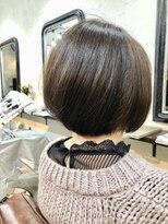 エトネ ヘアーサロン 仙台駅前(eTONe hair salon)30代.40代,50代 前下がり 丸みショート 大人ボブ
