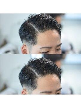 剃り 込み 髪型