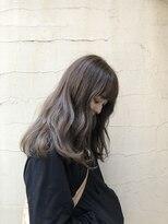 アリーズヘアー 青山(allys hair)アッシュベージュカラー くびれセミディ 大人かわいい3Dカラー