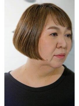 クラメール 黒崎コムシティ店(Kraemer)丸みショ-トボブ