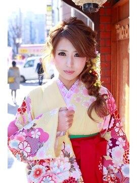 パシャ(Pasha)卒業式に☆四つ編みゆるふわアレンジ☆