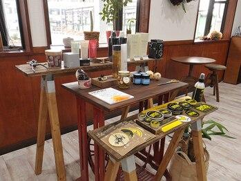 ヘア デザイン デイズ ルーム(THE DAY'S ROOM)の写真/スタッフはもちろんお客様同士も仲が良く和やかな雰囲気♪くつろげる空間で、ゆったりとしたサロンTimeを☆