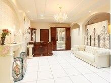 上尾で唯一の半個室サロン。贅沢なつくりだからこそ体感できるラグジュアリー空間。贅沢なひと時をあなたに