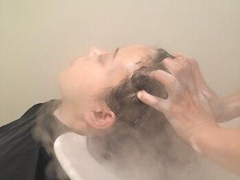 ココカラヘア 星ヶ丘店(KOKOKARA HAIR)の写真/【星ヶ丘3番出口すぐ】溜まった疲れも癒しながら,頭皮ケアを―。ついウトウトしてしまう絶妙な力加減も◎