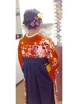 サロンド クラフト(salon de craft)【卒業式】ガーリーな編み込みフルアップ袴スタイル♪
