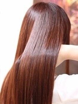 ヘアーアンドライフ ハート(hair&life HEART)の写真/≪Gミルボン/TOKIOインカラミ≫など最新の極上TRを豊富な種類で取り揃えて個々の髪にしっかり合わせます◎