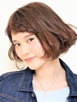 """サラヤマグチ(SARA YAMAGUCHI)の写真/あふれる透明感でふんわり柔らかい雰囲気を演出!似合わせるオリジナルカラーであなた""""らしい""""Styleに◎"""