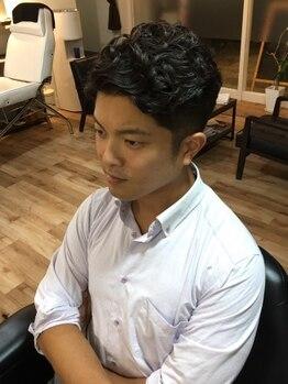 リアン プレミアムバーバー(Lien premium barber)の写真/【中央通×2席のみ】スタイリング次第でONOFF自由自在にキマる優秀ヘア。22時迄営業なので仕事帰りにお勧め