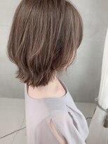 ヴェール(Veil)透明感白髪染め ハイライトでハイトーンベージュ mio kuwamoto