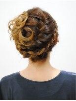 ヘアーメイク ライブリー(Hair make Lively)コンビ編サイドアップ