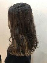 ヘアーアンドメイク ルシア 梅田茶屋町店(hair and make lucia)シルキーベージュのインナーカラー
