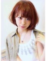 【男女別】下膨れ顔におすすめの髪型|ミディアム/アップ/