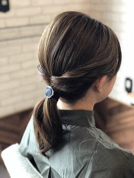ルーツヘアーデザイン(ROOTS HAIR DESIGN)の写真/軽すぎず重すぎず丁度良いボリューム感を☆髪質・クセ・ライフスタイルに合わせる事でスタイルを創ります♪