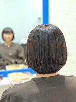 スローライフヘアーデザインアンドスパラウンジ(Slow life Hair design spa lounge)ラインを残したフラットボブ