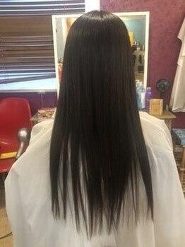 ライズヘア ニゴ 曳舟店(RIZE HAIR NIGO)の写真/うねりやクセ毛にお悩みの貴方へ!ケアしながら縮毛矯正のようなストレート<ハリスノフトリートメント>!