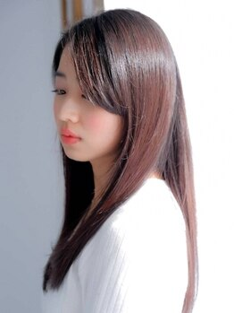 シェルブルー(CiEL BLEU)の写真/気になるクセ,うねり…豊富な商材を巧みに扱う【CiELBLEU】におまかせ☆手触りの柔らかい滑らかな髪に―