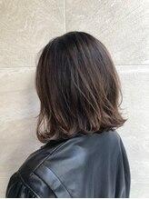 ヘアーアンドメイクランプ(Hair & make Lamp)大人めボブ×イルミナカラー