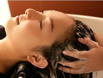ルクール 大宮店(Lecoeur)の写真/高濃度炭酸泉ヘッドスパで身体の内側からケア!マッサージでリラックスしながら頭皮と髪を健康的な美髪に☆