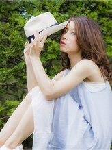 キャラット ヘアメイクス(Carate hair makes)【Carat】フレッシュ・ミディ