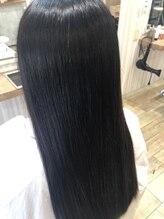 シースアクシア(X axia)縮毛矯正とリタッチカラーの同時施術