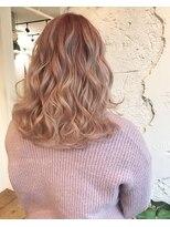 大人気!髪色も恋するホワイトピンクカラー