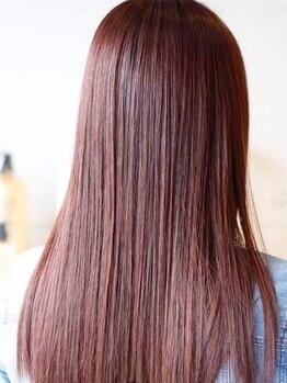 リラ ヘア サロン(rela haie salon)の写真/柔らかな手触りと憧れのナチュラルストレートへ♪ダメージレスの酸性矯正で褒められヘアをGETしませんか?