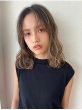 カーフリヘア ウル(Kahuli hair Ulu)濡れ髪×ハイライト【RYUKA】